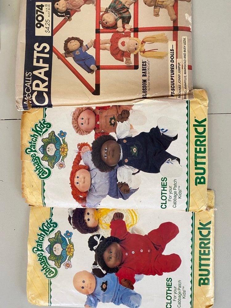 Vintage sewing pattern cabbage patch clo