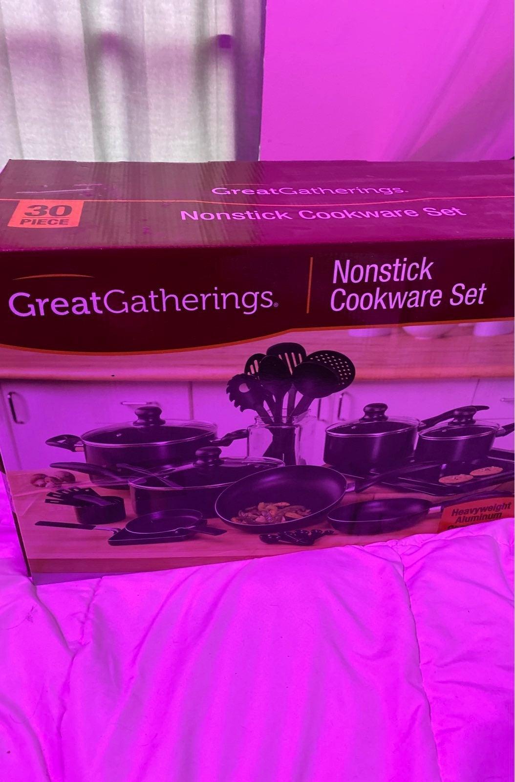 30 piece nonstick cookware set