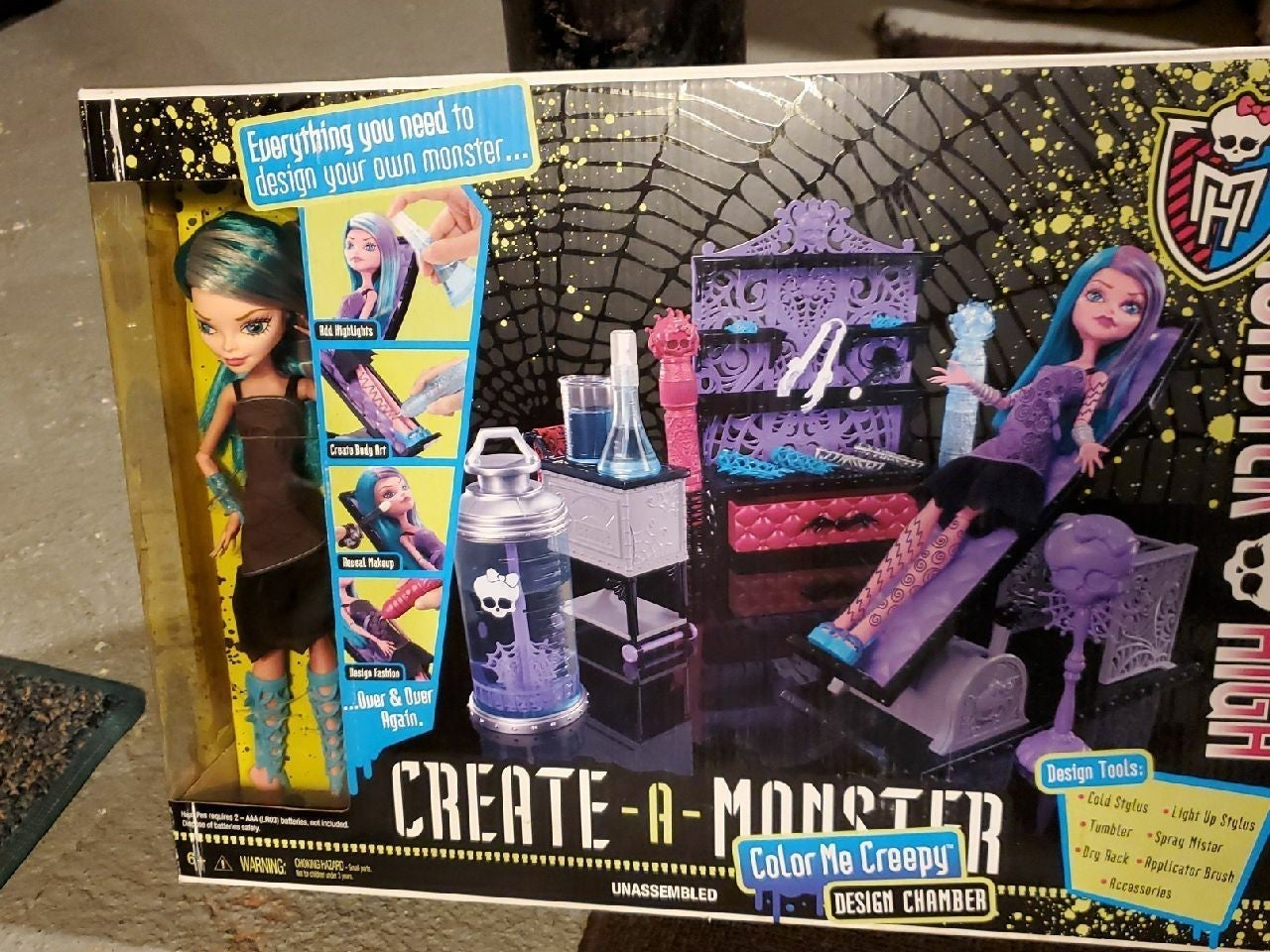 Monster high Create a monster color me c