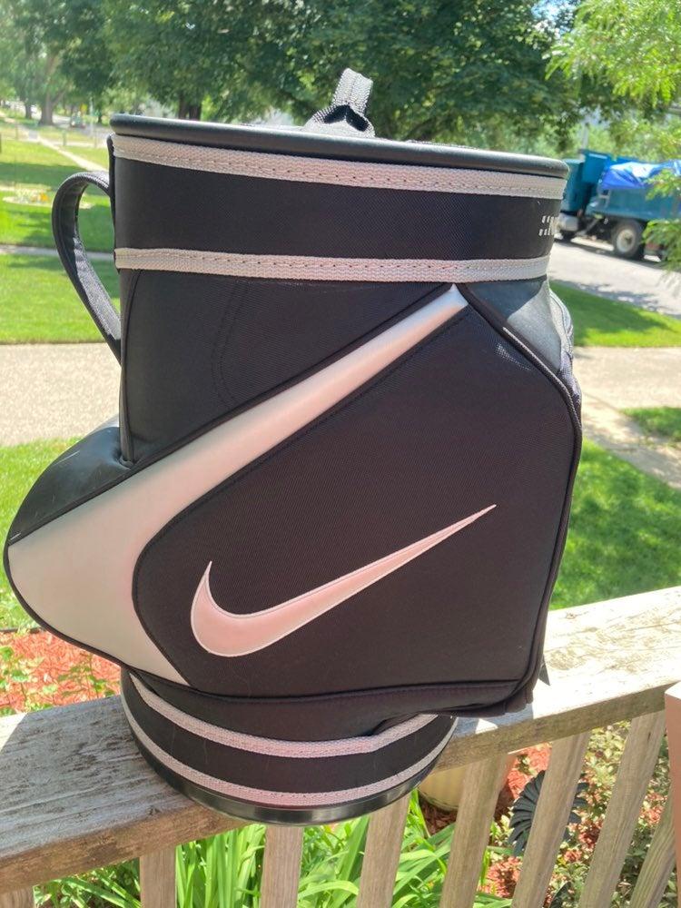 Nike Golf Den Bag