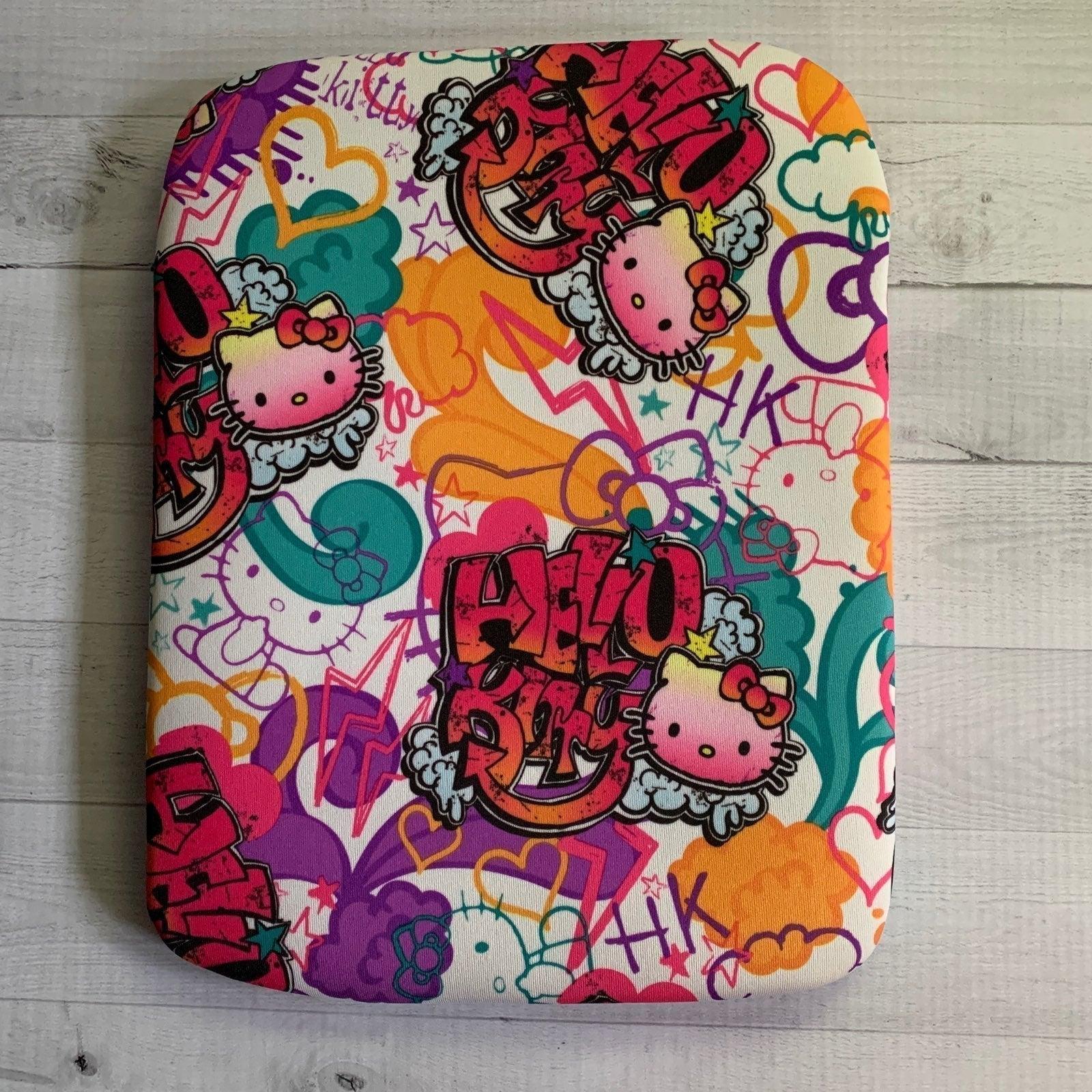 Hello Kitty IPod sleeve