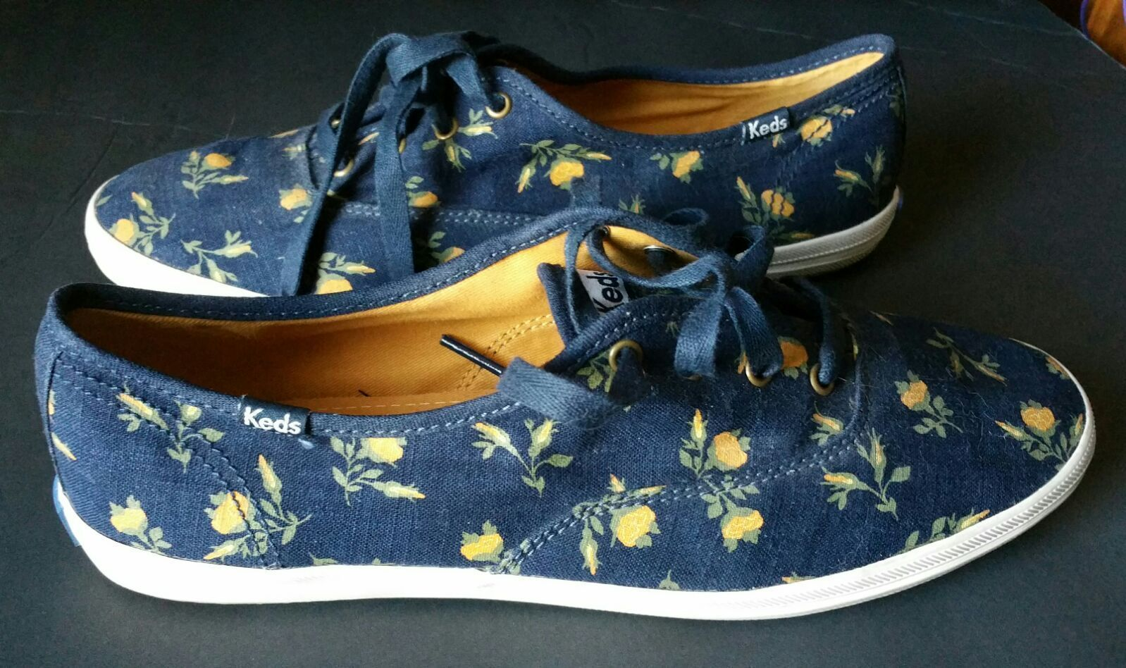 Floral Keds Size 9