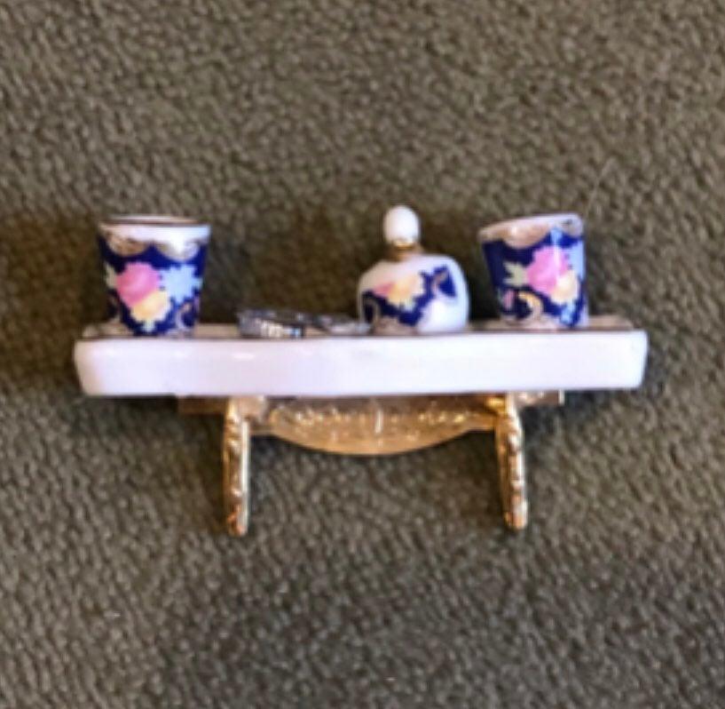Mini Dollhouse Bathroom Shelf