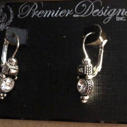 Premier Designs Vintage Style Earrings