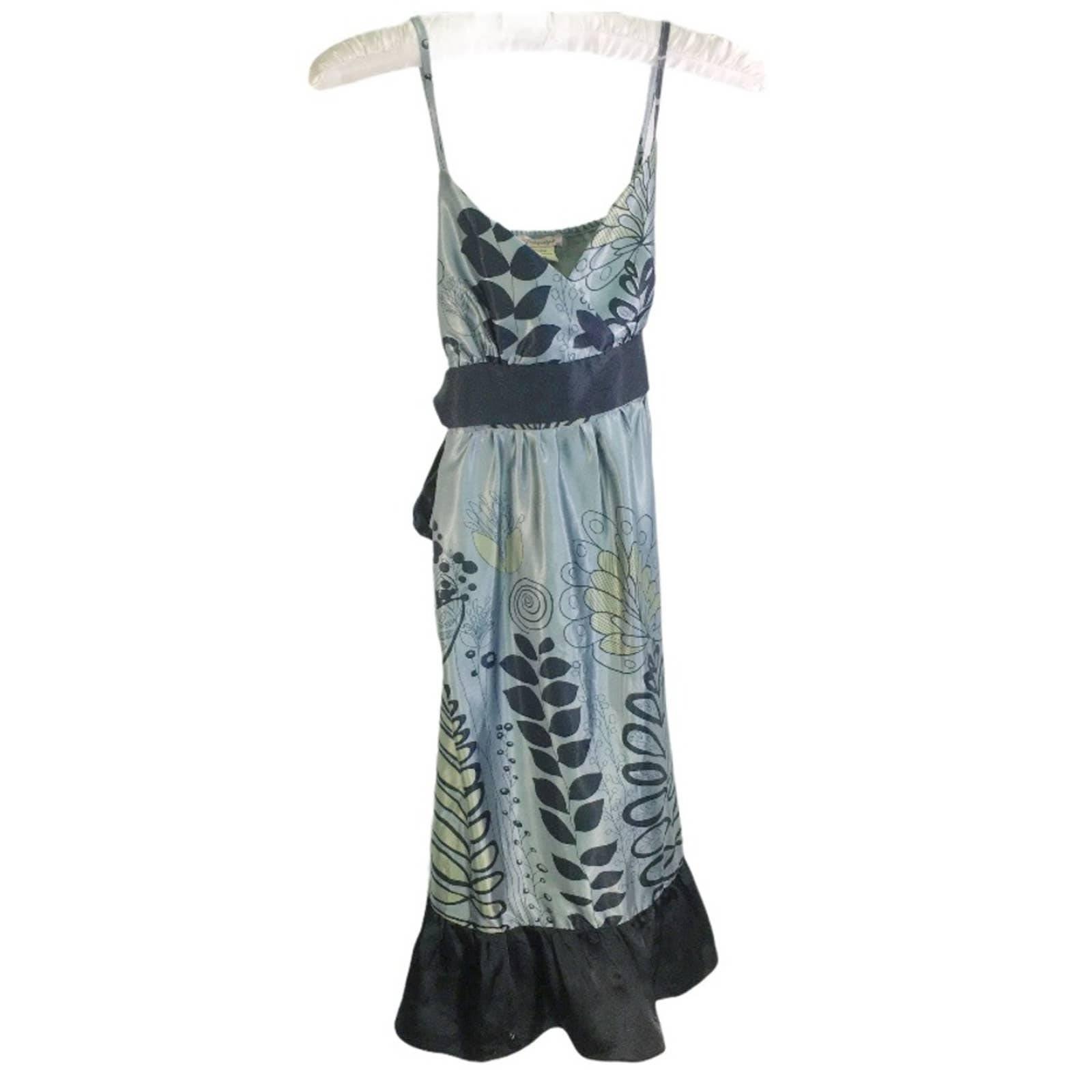Papaya tie waist vneck dress M
