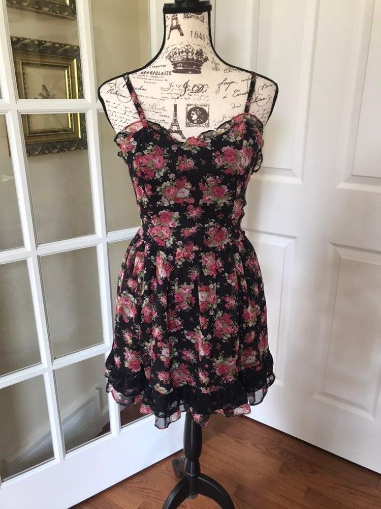 Nwt Tripp NY Victorian Rose Dress