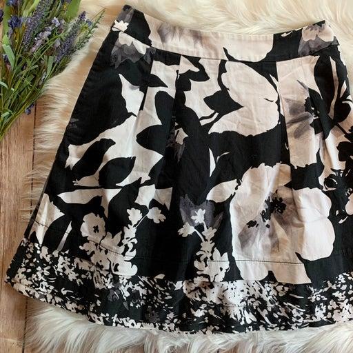 WHBM Full Skirt Floral Black & White 4