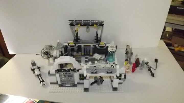LEGO 7879 Hoth Echo Base with manual
