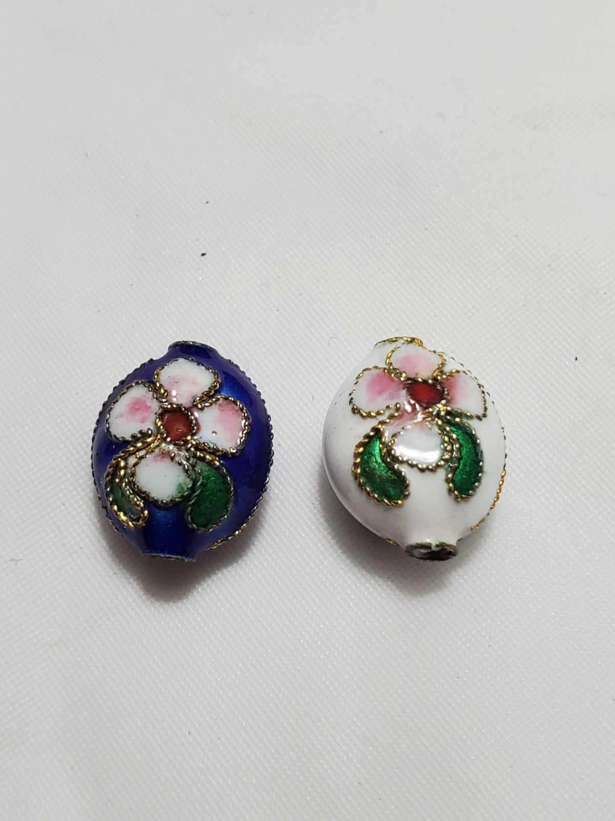 66 White And Blue Flower Rock Beads