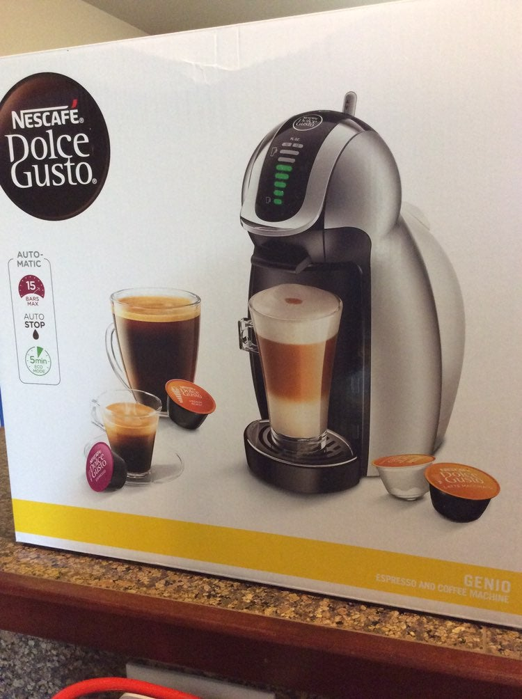 NEW Nescafe Dolce Gusto Coffee maker