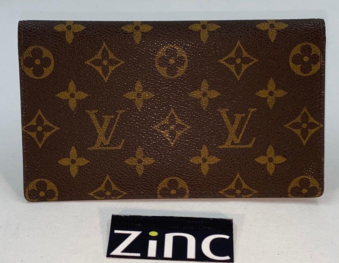 Louis Vuitton Monogram Bidold Checkbook