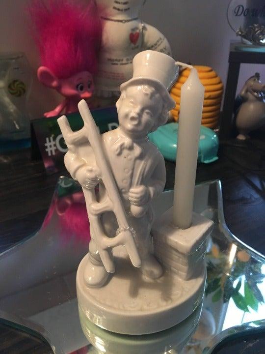 Vintage Handerbeit Dresden Figurine