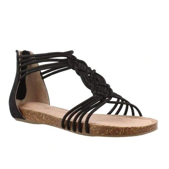 Me Too Adam Tucker Cali Strappy Sandals