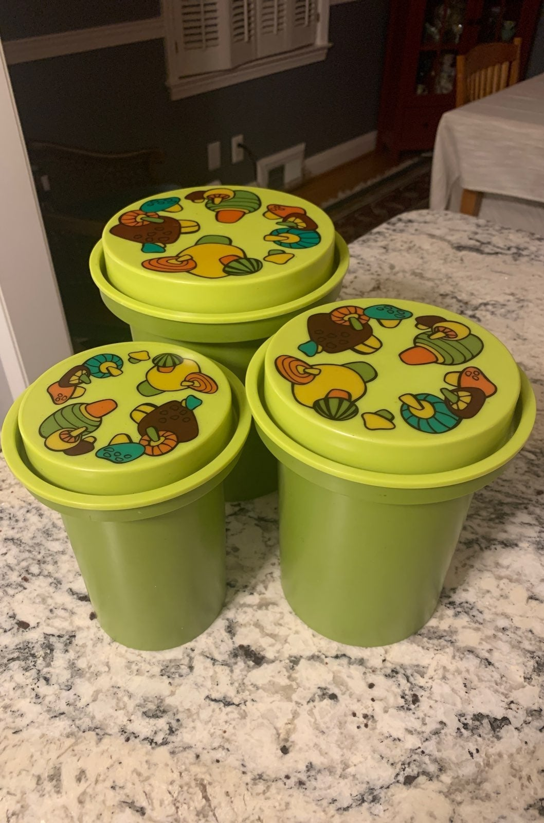 Vintage rubbermaid containers