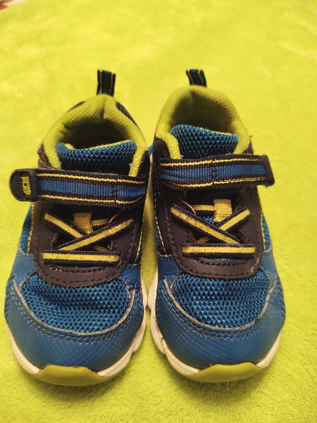 Stride rite toddler shoes 6W