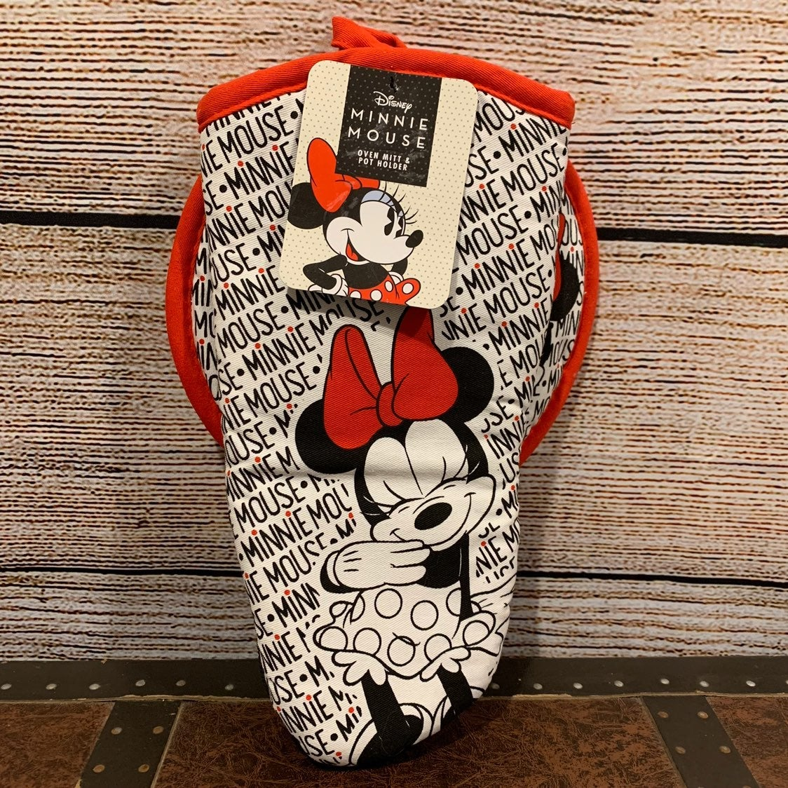 Minnie Mouse Oven Mitt and Potholder New
