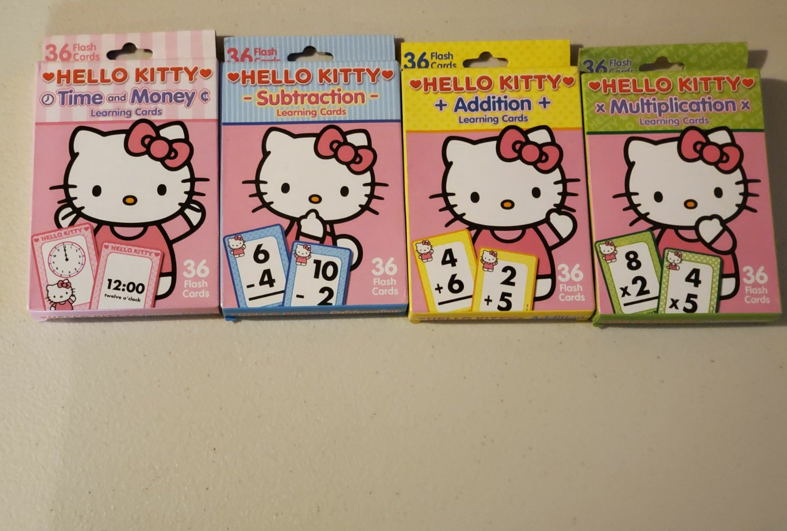 Hello Kitty Flash Cards (time and math)