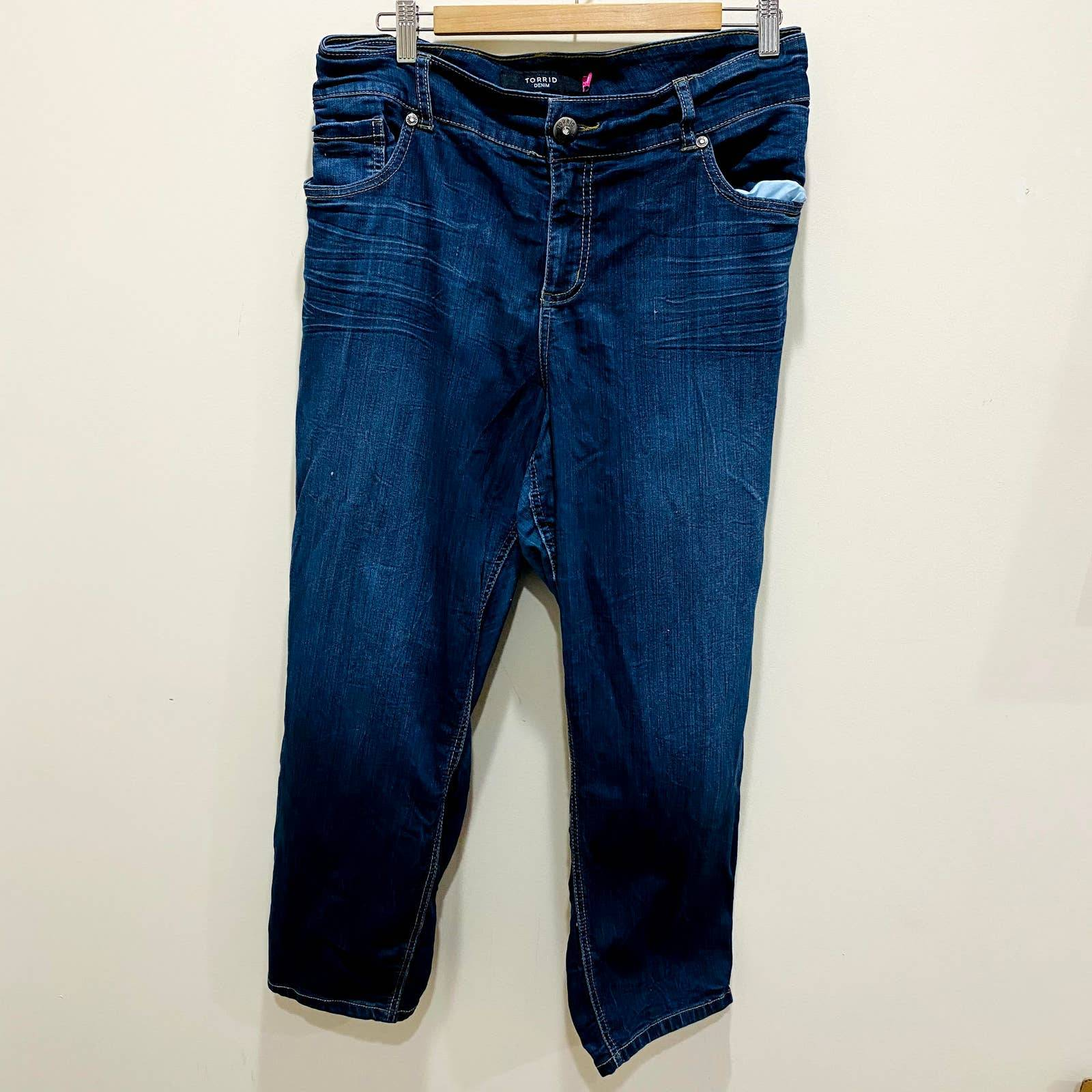 Torrid Medium Wash Skinny Jeans Size 26