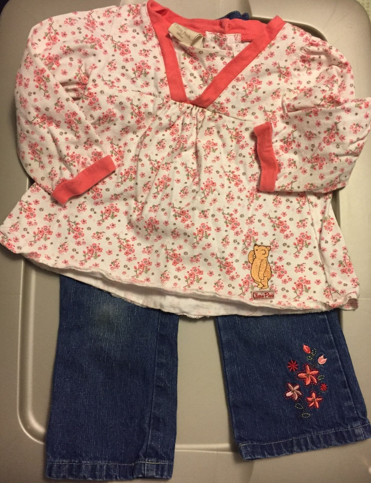 Classic Pooh Girls 2T outfit
