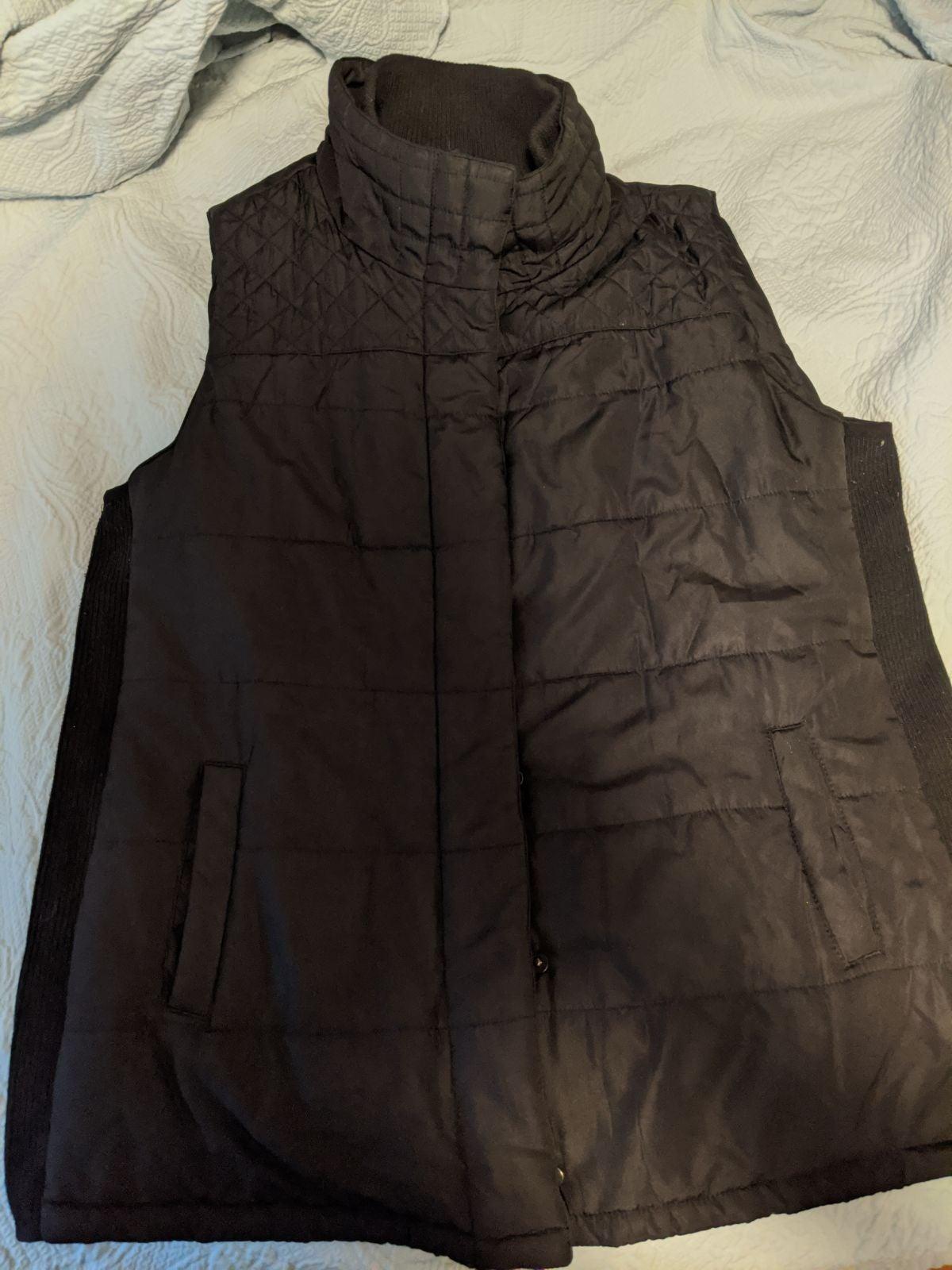 Motherhood Maternity Puffer vest