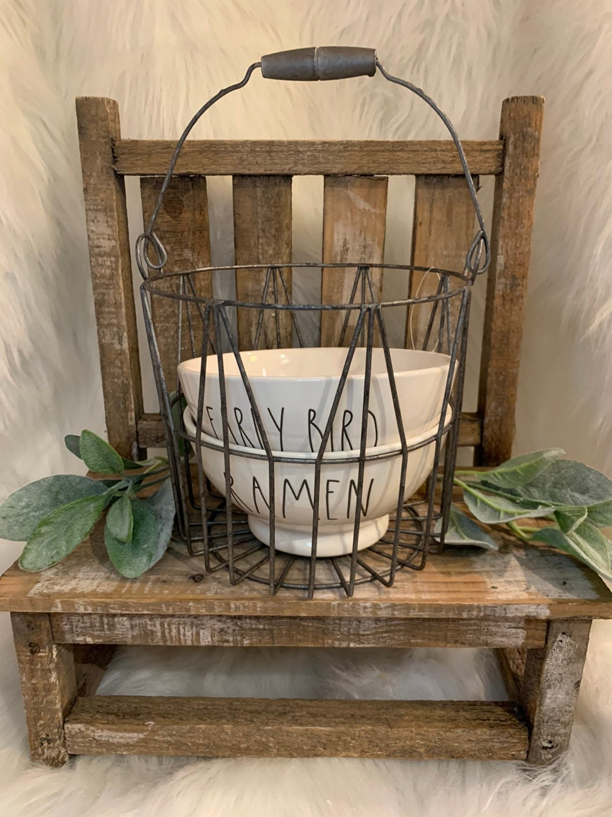1 farmhouse metal wire basket