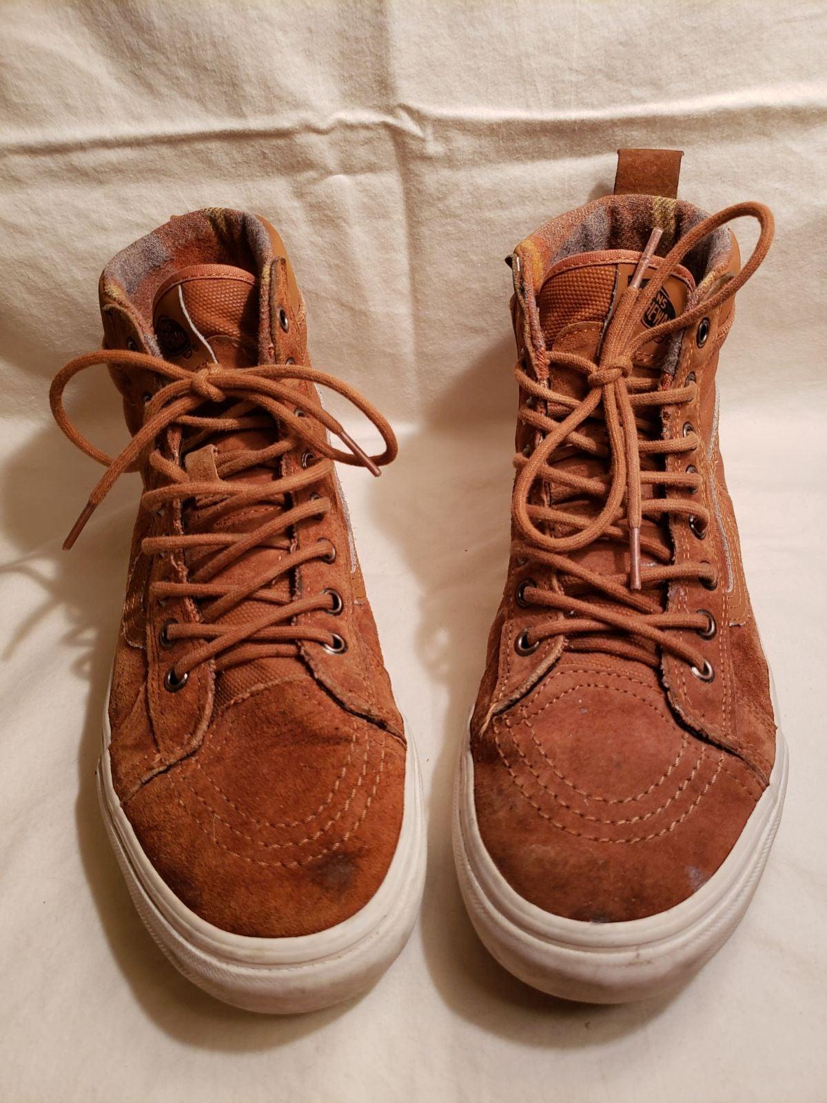 VANS Sk8-hi brown lace ups with flannel