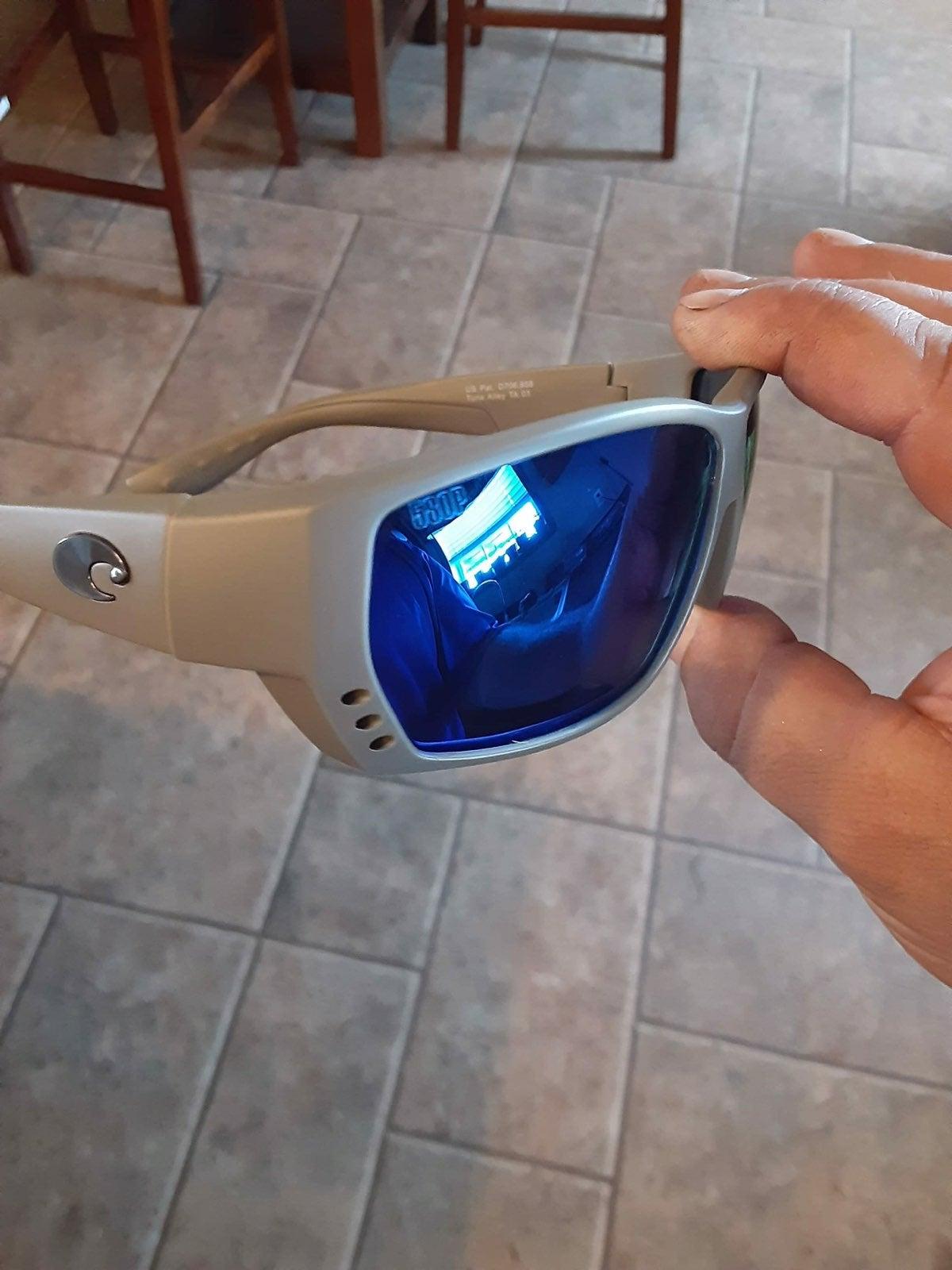 580p tuna alley Costa sunglasses