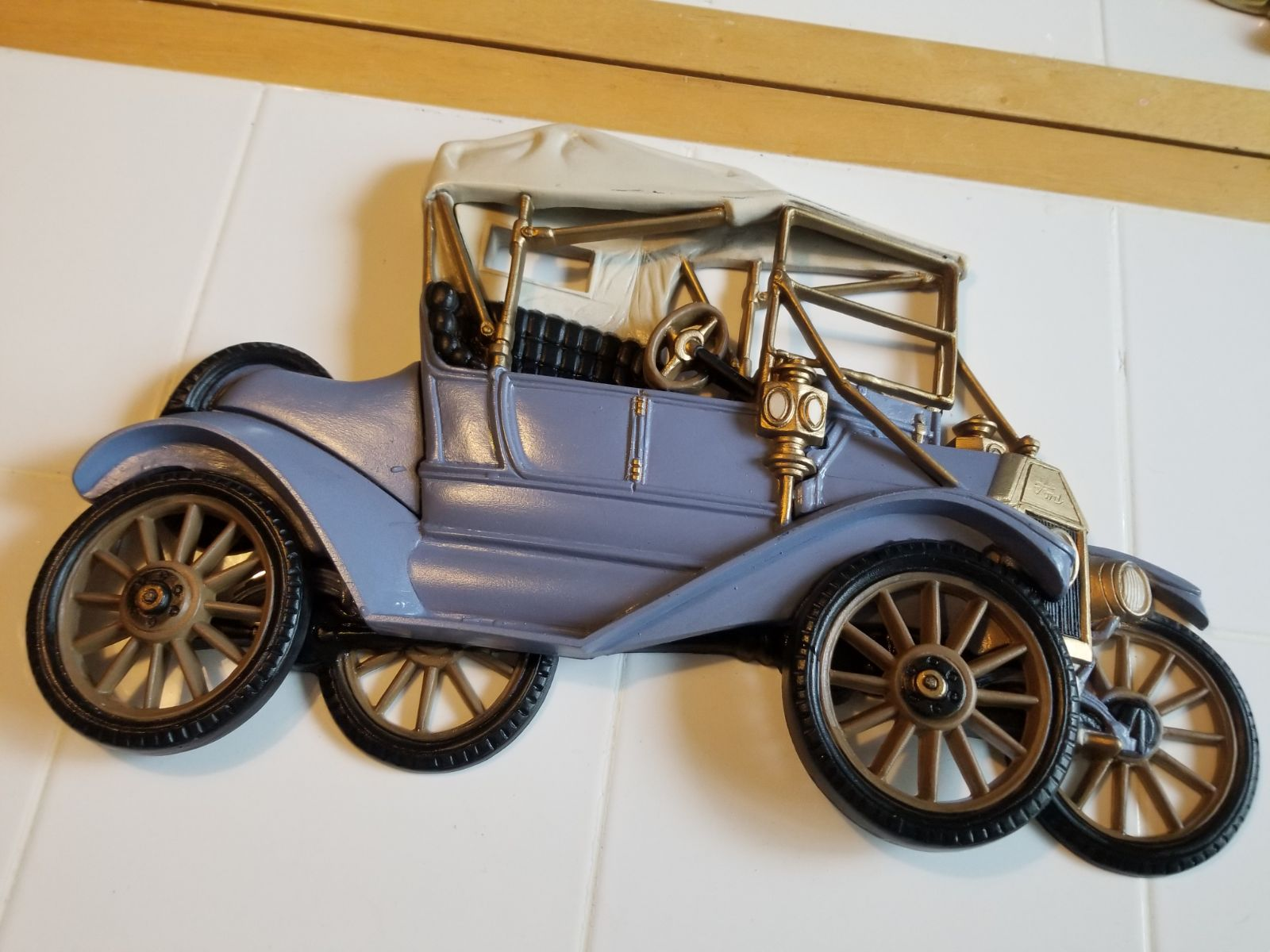 Mcm homco syroco old Ford car