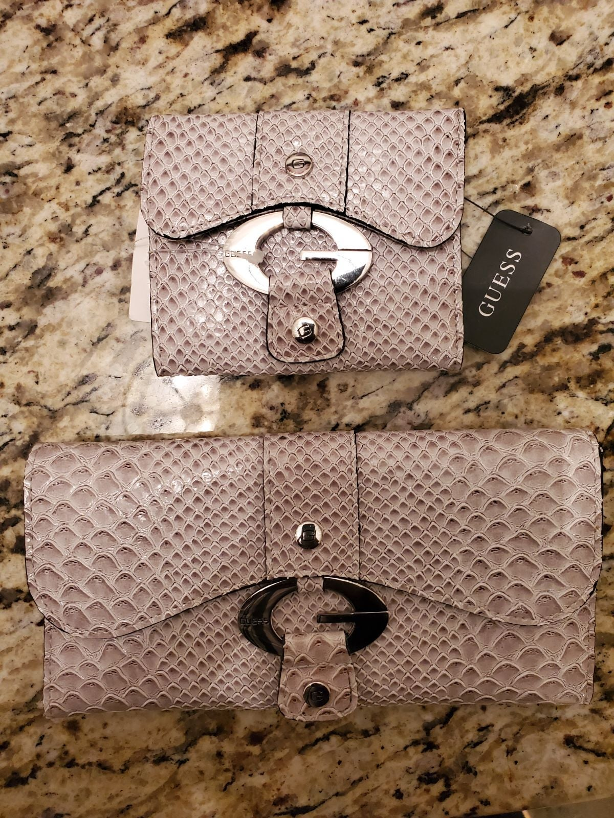 Women's GUESS Wallet & change purse