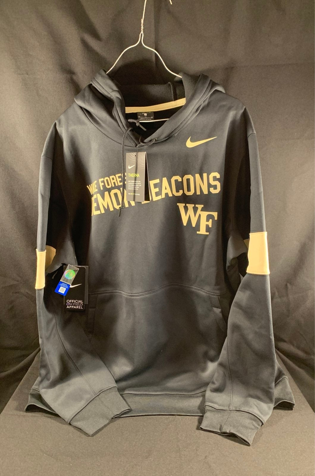 Nike Therma Hoodie Wake Forest Mens XL
