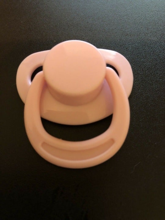 REBORN MAGNETIC PACIFIER PINK