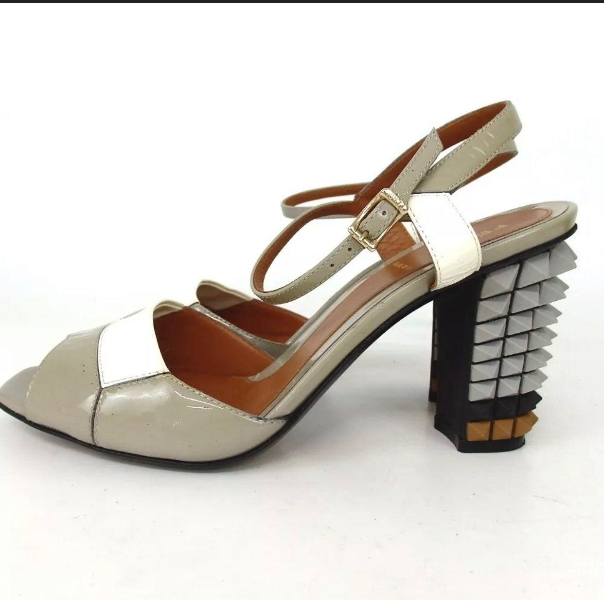 Fendi patent leather sandales