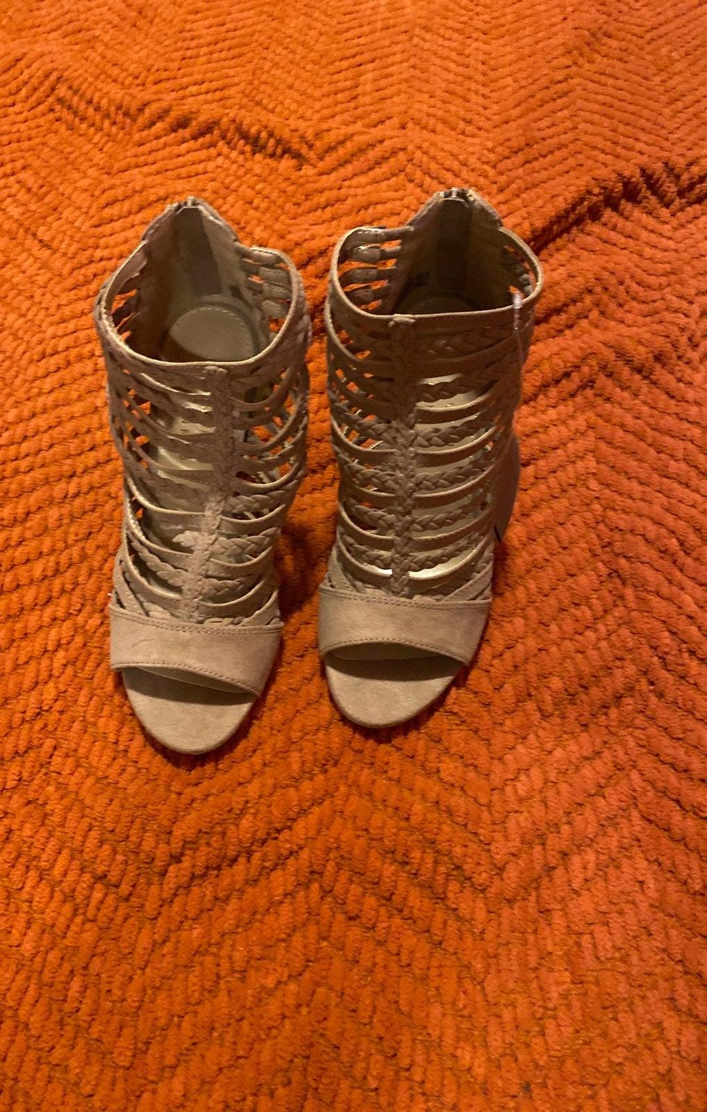 woman size 6 shoes