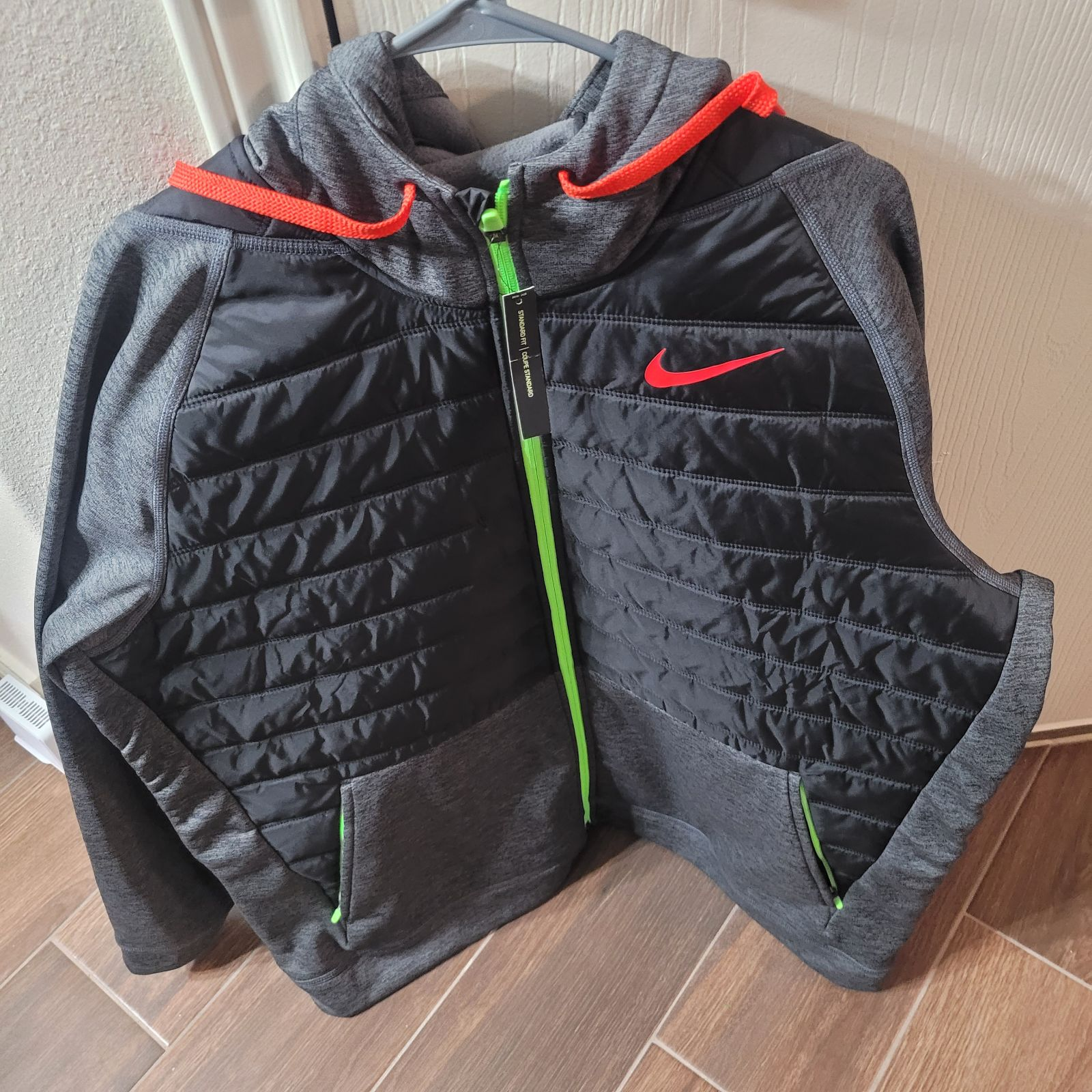 Men Nike jacket size XXL new