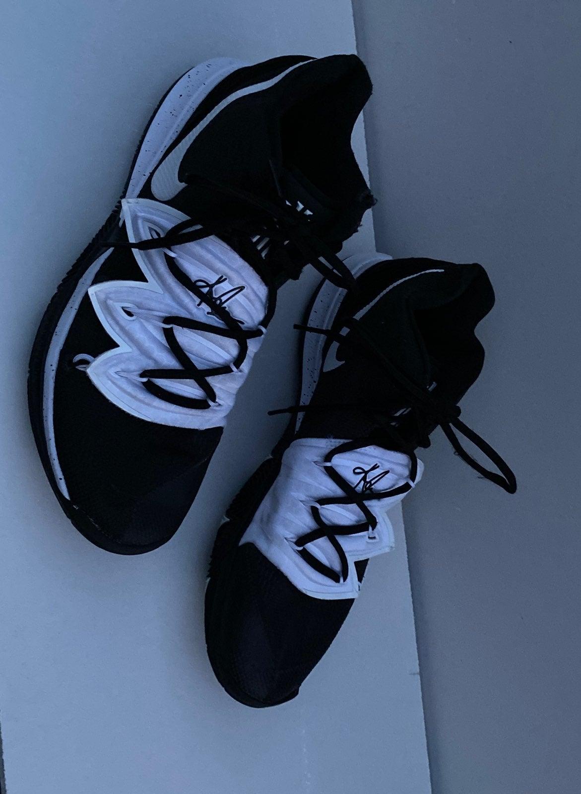 Nike Kyrie 5 TB Basketball Shoes 12