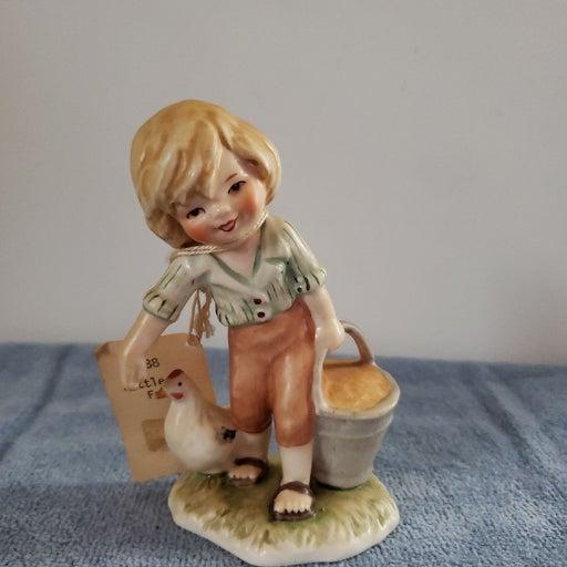 Goebel Little Farmer Helper w/tag