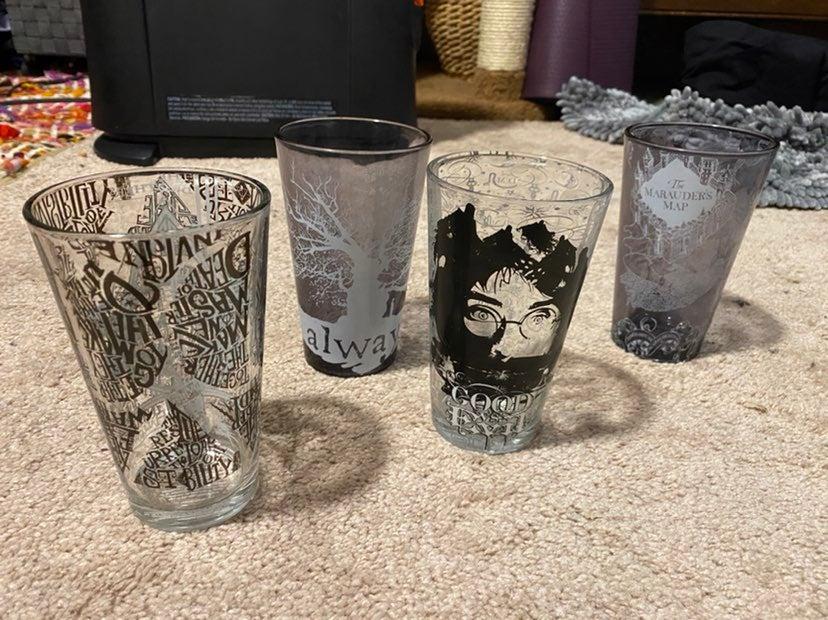 Harry potter pint glasses