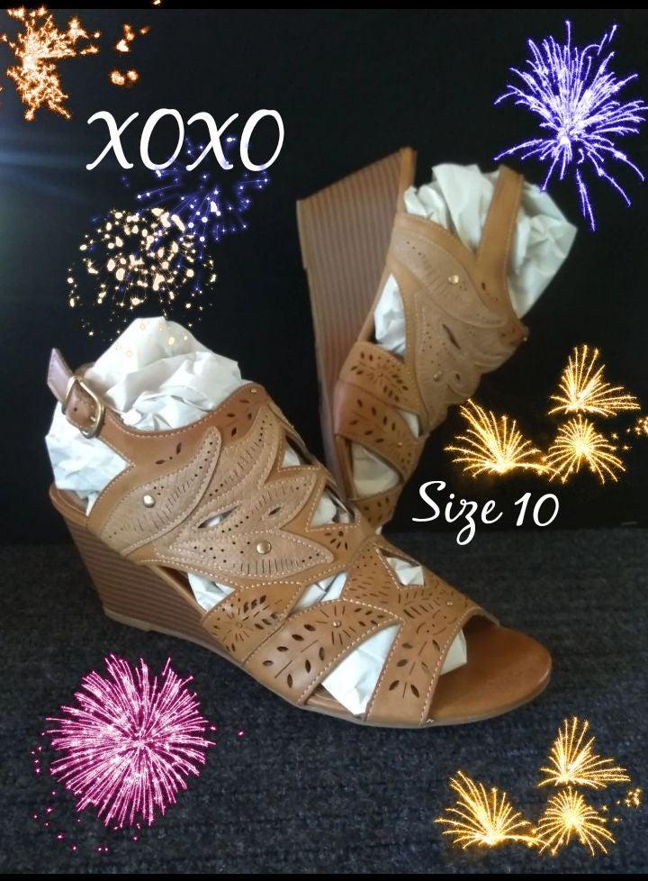 XOXO Womens Wedge Sandals