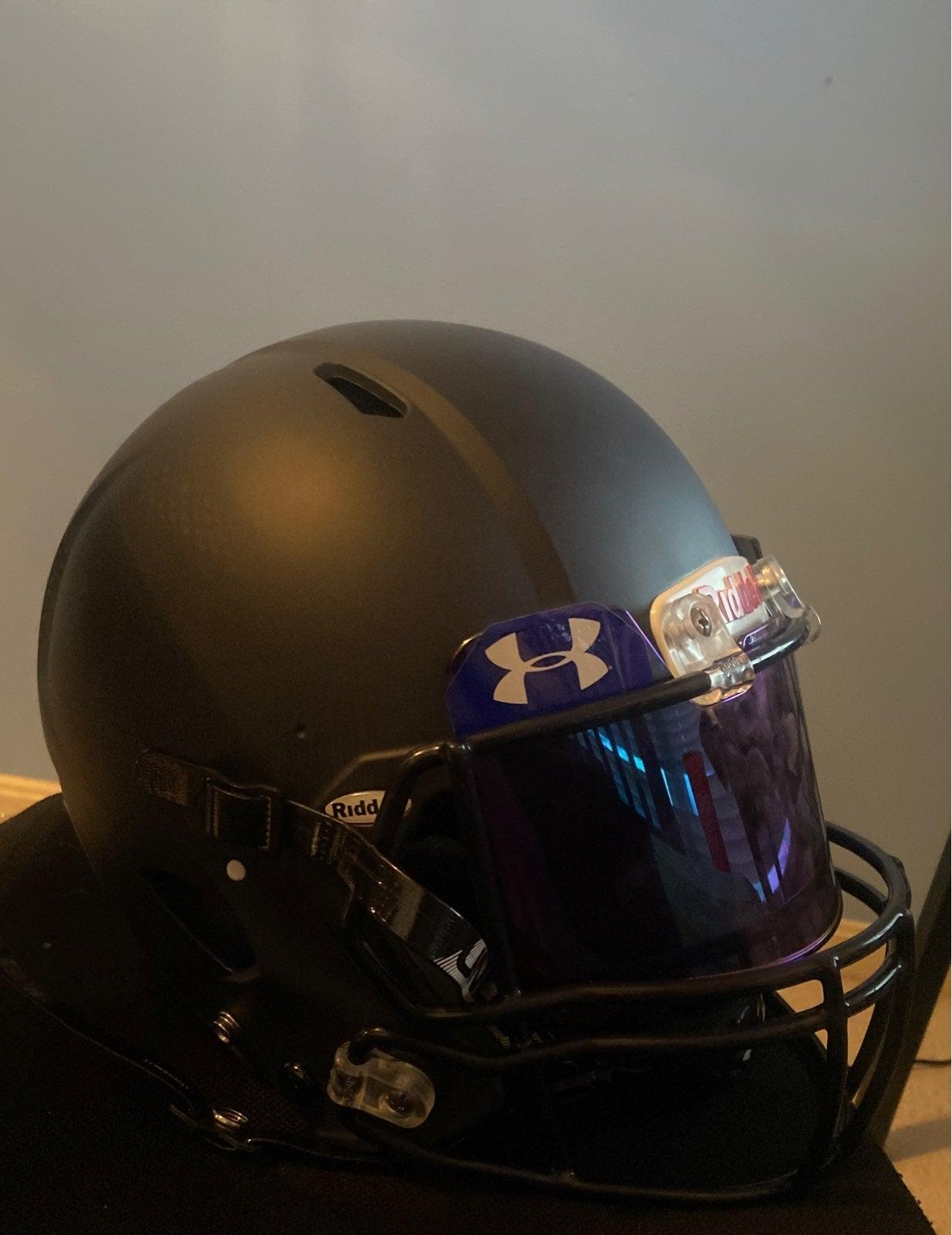 Ridell Victor Helmet