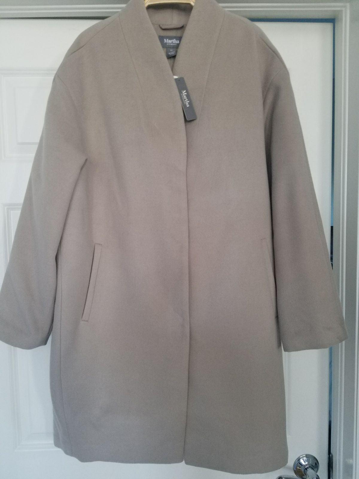 NWT Martha Stewart Coat. Light beige. Si
