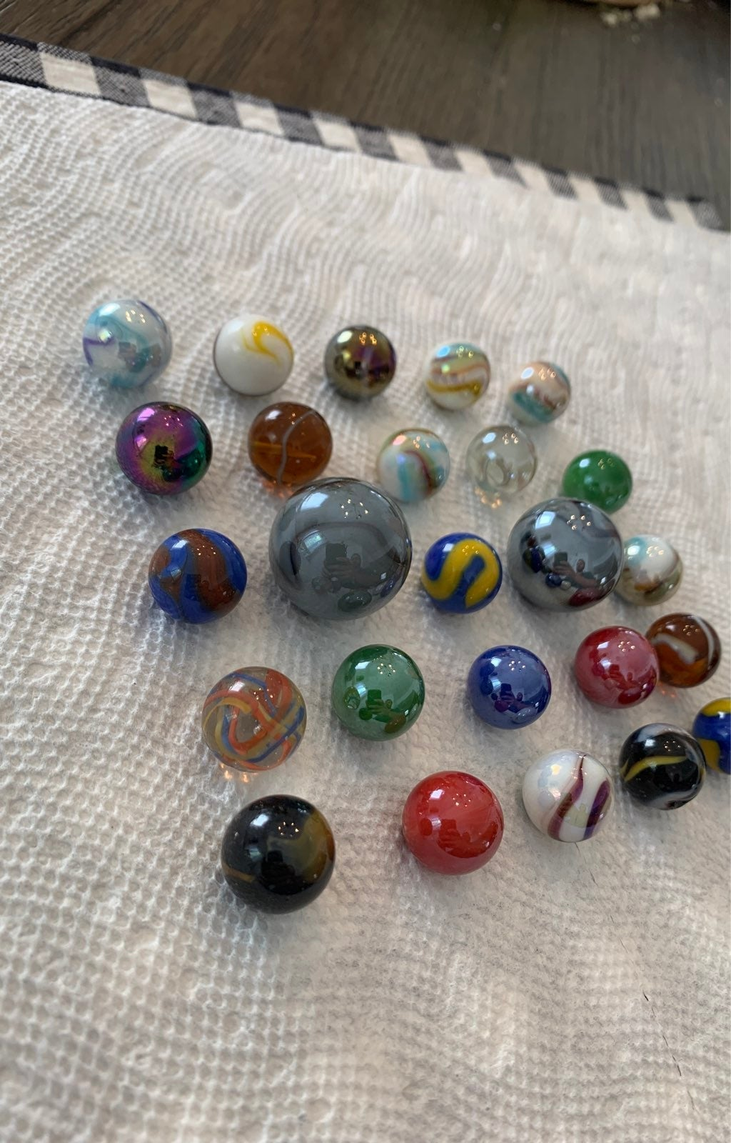 25 vintage and modern marbles