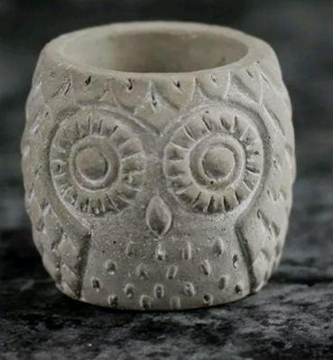 Owl planter pot for indoor plants
