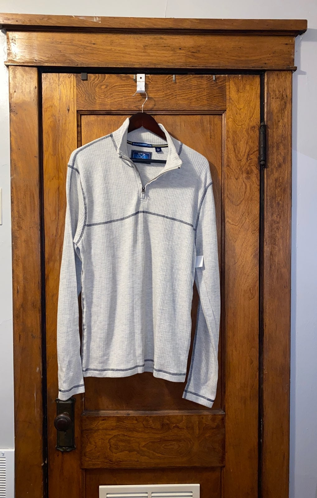 Mens size Large Quarter Zip Pullover