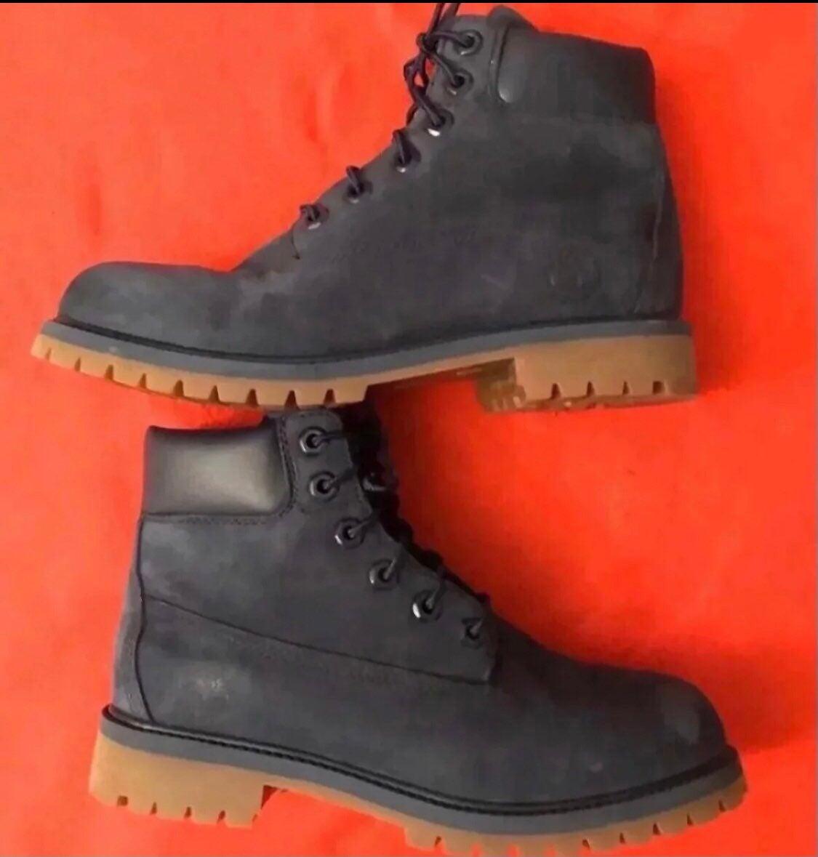 Timberland boots size 5.5 Boys