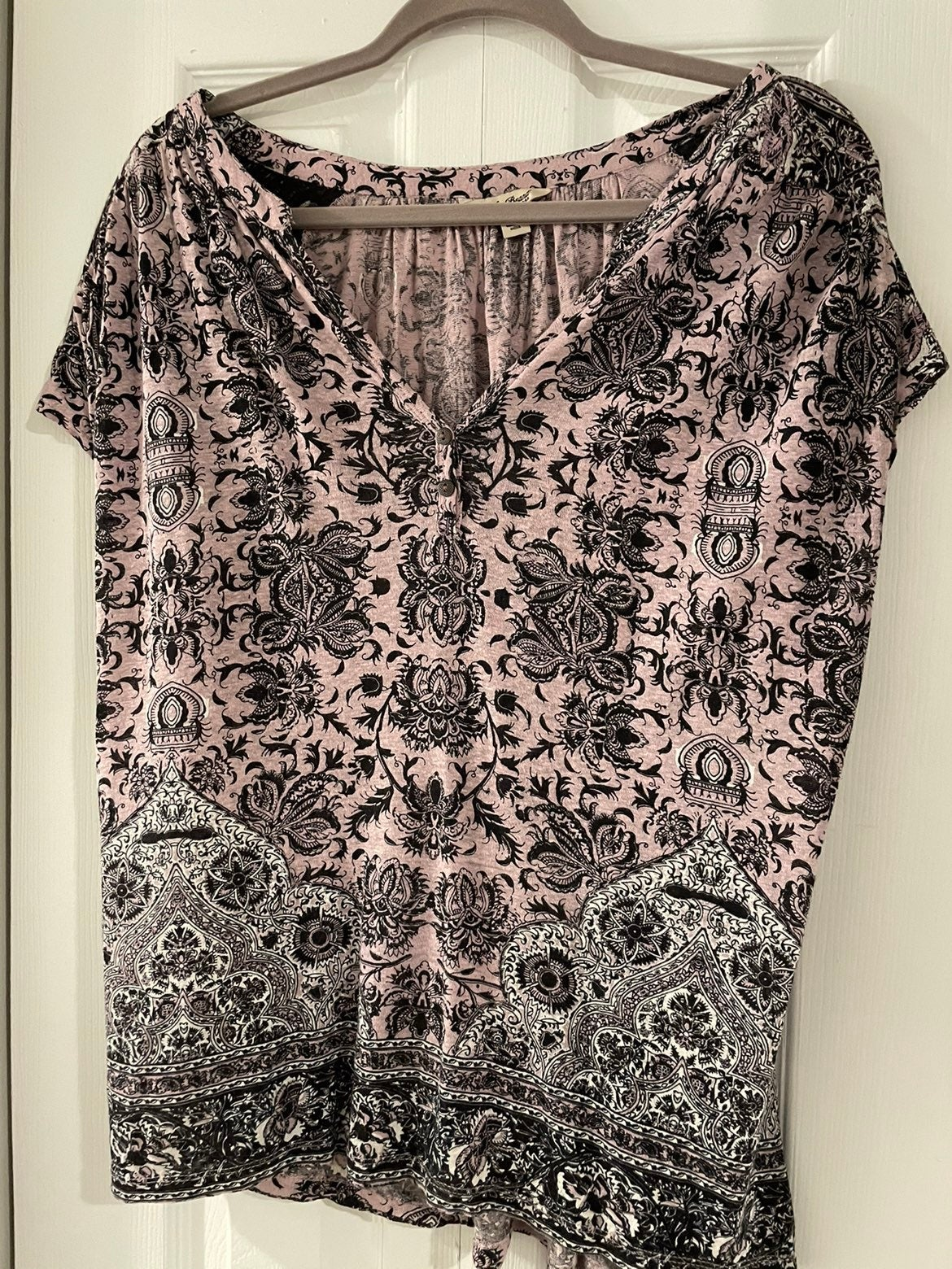 Lucky Brand Pink and Black Top, Size Lar