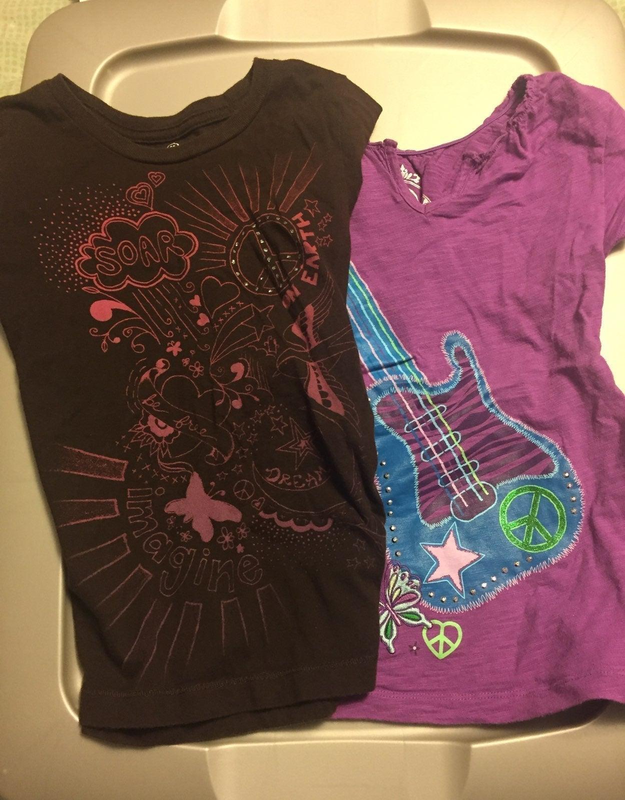 Girls size small tshirts