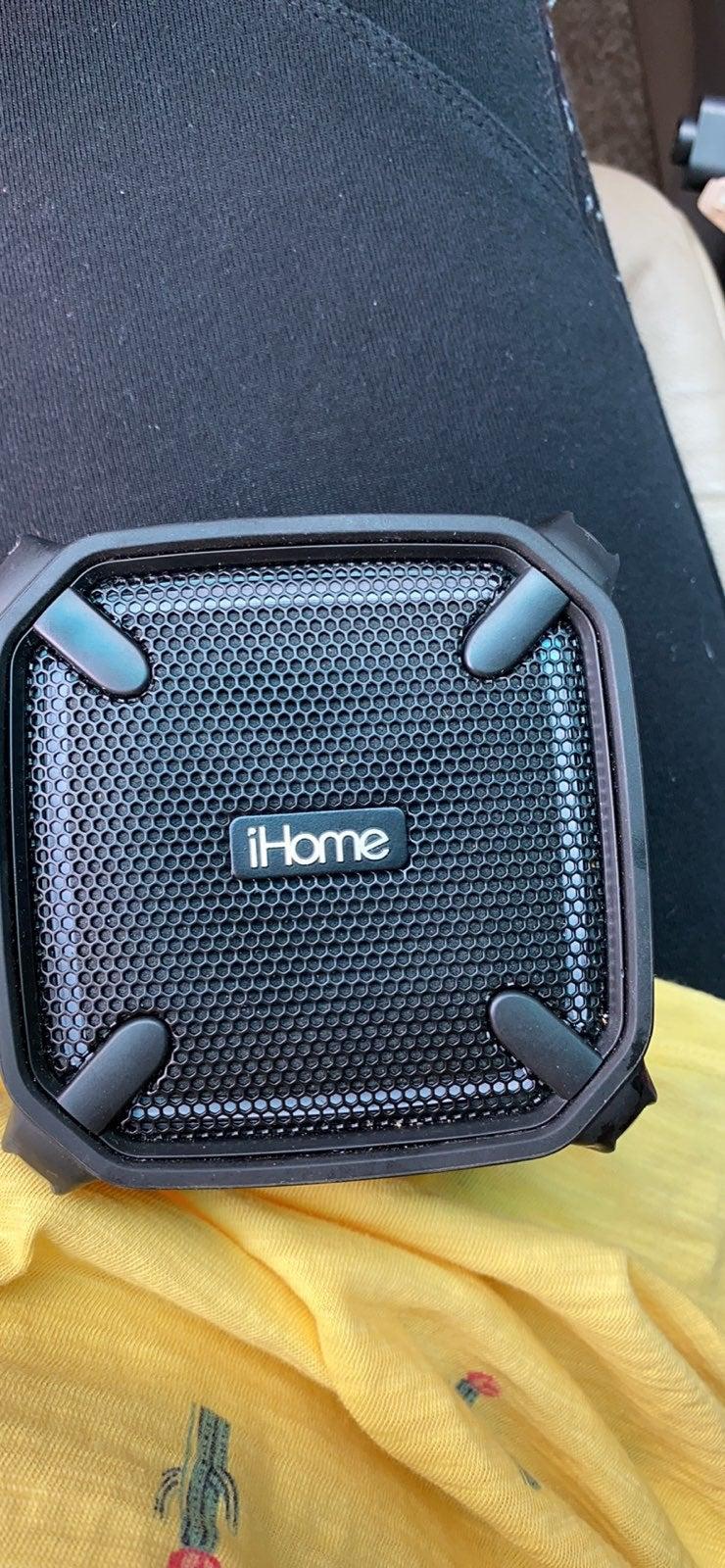 iHome bluetooth speaker