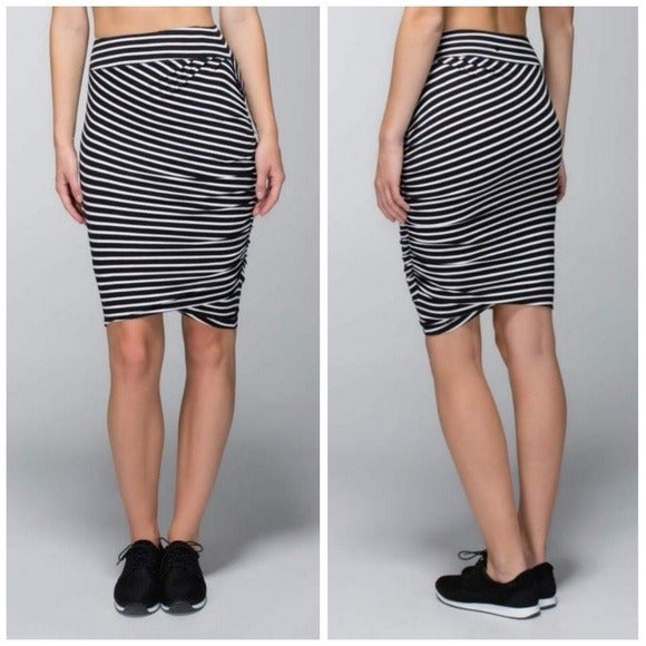 Lululemon Anytime Skirt Deenie Stripe