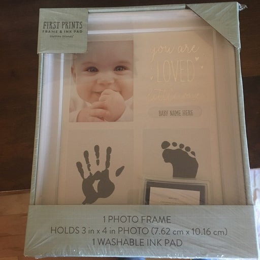 Baby photo frame and ink pad