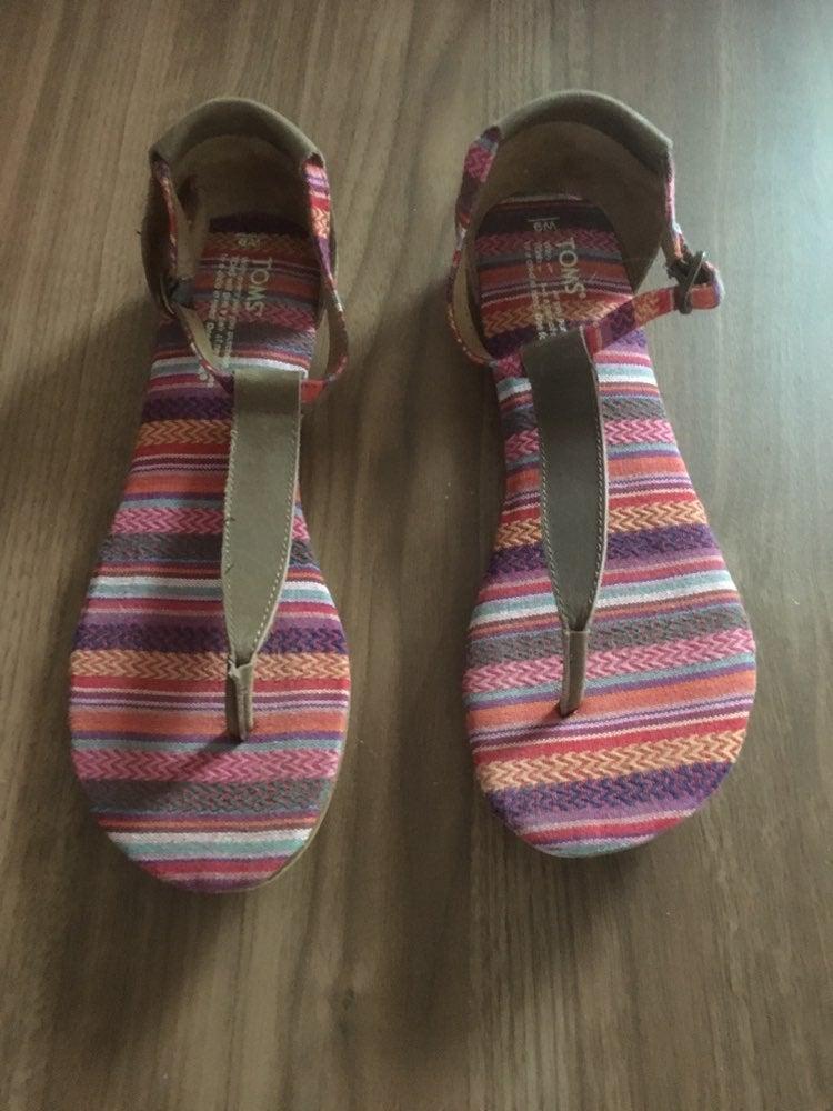 TOMS Playa Tribal Sandals
